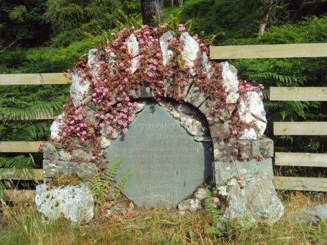 Memorial to W. Hodgson at Borrowdale